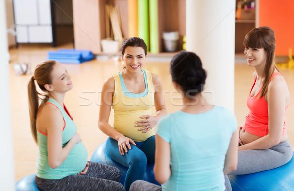 Stockfoto: Gelukkig · zwangere · vrouwen · vergadering · gymnasium