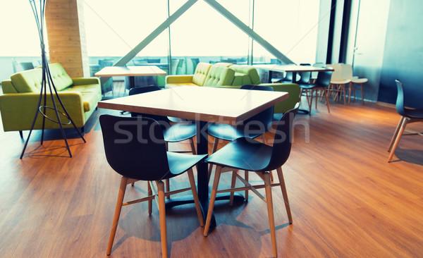 Restaurant intérieur table chaises design public Photo stock © dolgachov