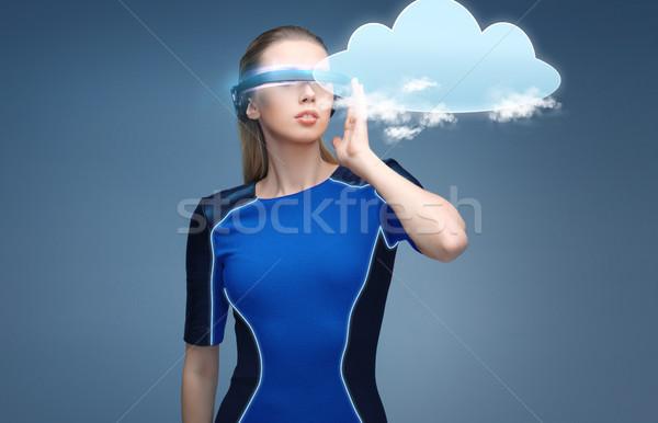 Kobieta faktyczny rzeczywistość okulary 3d Chmura nauki Zdjęcia stock © dolgachov