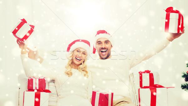 Stock fotó: Boldog · pár · otthon · karácsony · ajándékdobozok · ünnepek