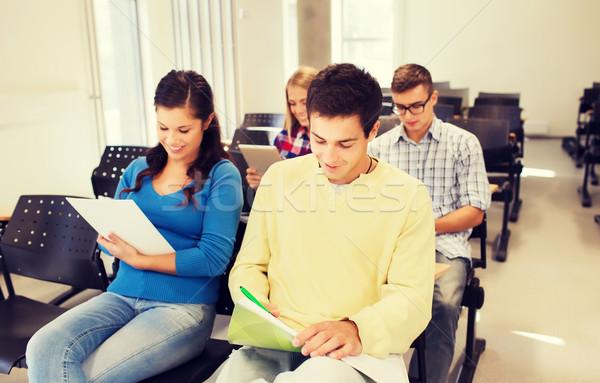 グループ 笑みを浮かべて 学生 講義 ホール 教育 ストックフォト © dolgachov
