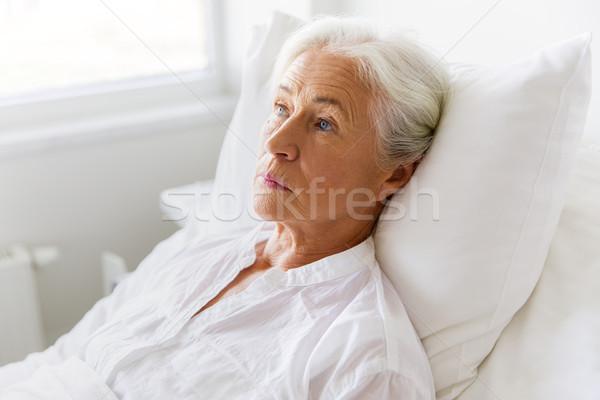Сток-фото: печально · старший · женщину · кровать · больницу · медицина