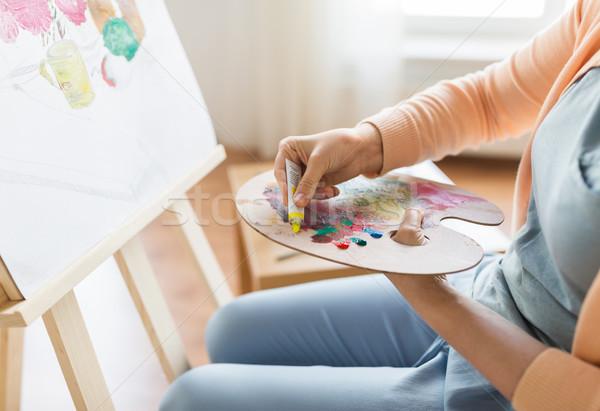 Sanatçı boya paletine sanat stüdyo Stok fotoğraf © dolgachov