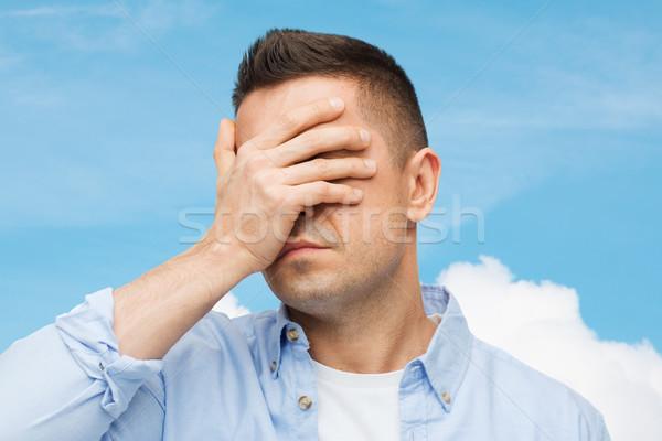 malheureux homme yeux main stress maux de t te photo stock syda productions. Black Bedroom Furniture Sets. Home Design Ideas