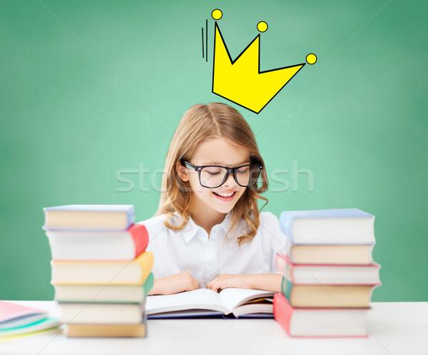 Estudante menina leitura livros escolas educação Foto stock © dolgachov