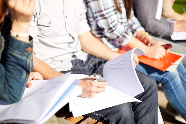 Studentów notebooki kampus lata przyjaźni Zdjęcia stock © dolgachov