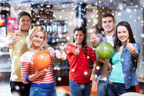 счастливым друзей боулинг клуба Сток-фото © dolgachov
