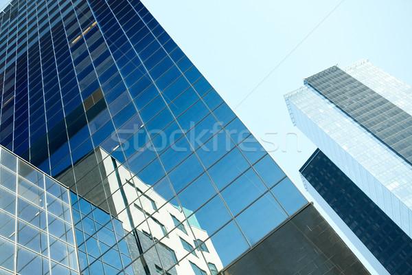 Edificio de oficinas rascacielos cielo arquitectura Foto stock © dolgachov