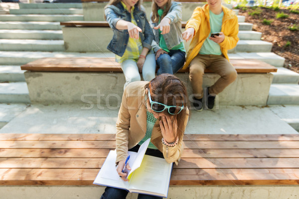 Student meisje lijden klasgenoten onderwijs Stockfoto © dolgachov