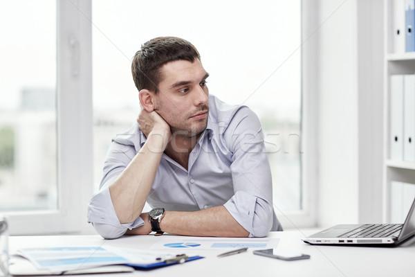 скучно бизнесмен ноутбука документы служба деловые люди Сток-фото © dolgachov