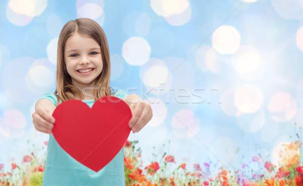 Sonriendo nina rojo corazón naturales amor Foto stock © dolgachov