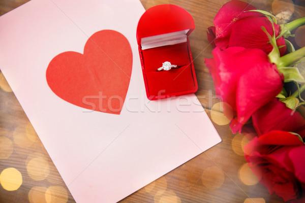Stok fotoğraf: Elmas · yüzük · güller · tebrik · kartı · sevmek · öneri