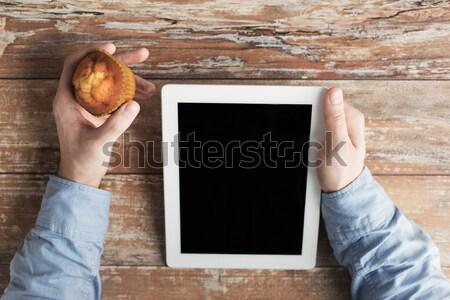 Masculino mãos bolinho negócio Foto stock © dolgachov