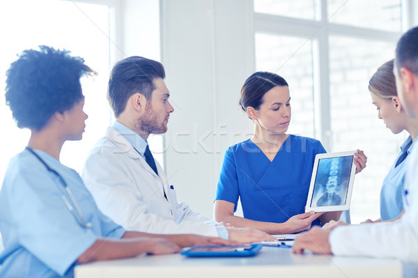 Gruppo medici Xray clinica professione Foto d'archivio © dolgachov