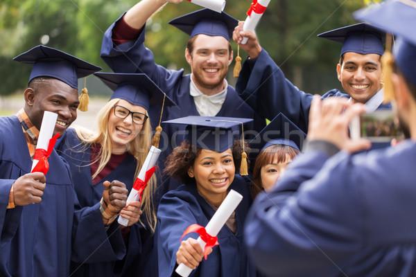 Studenten afgestudeerden foto onderwijs afstuderen Stockfoto © dolgachov