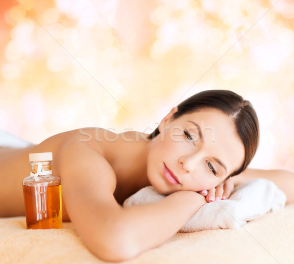 Feliz mujer spa salón masaje Foto stock © dolgachov