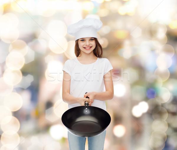 Gülen küçük kız beyaz tshirt reklam çocukluk Stok fotoğraf © dolgachov