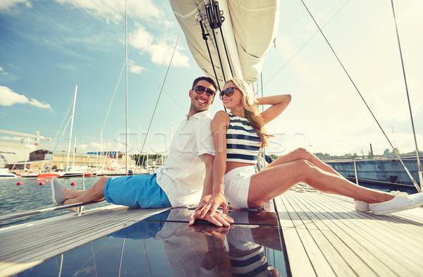 Stockfoto: Glimlachend · paar · vergadering · jacht · dek · vakantie