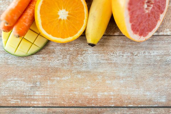 Frescos jugoso frutas mesa alimentación saludable Foto stock © dolgachov
