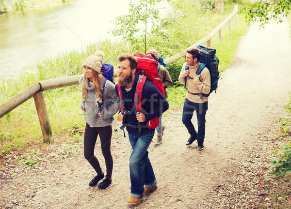 Сток-фото: группа · улыбаясь · друзей · походов · Adventure · путешествия