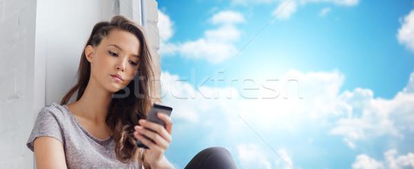 Zdjęcia stock: Smutne · dość · smartphone · ludzi