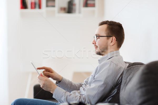 Glimlachend man werken home technologie Stockfoto © dolgachov