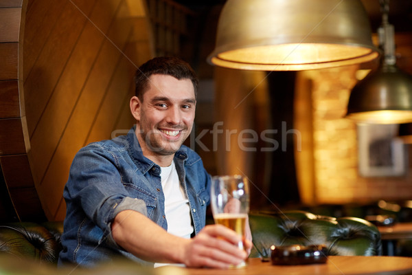 幸せ 男 飲料 ビール バー パブ ストックフォト © dolgachov
