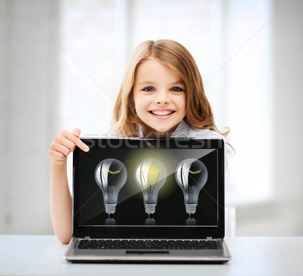 Meisje laptop pc school onderwijs technologie Stockfoto © dolgachov