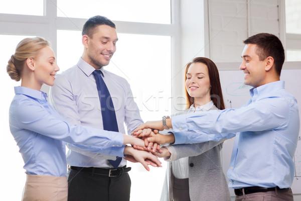 Zespół firmy zwycięstwo biuro sukces działalności Zdjęcia stock © dolgachov