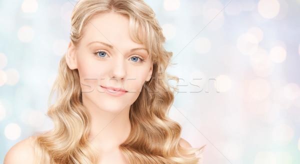 Mooie jonge vrouw gezicht lang schoonheid Stockfoto © dolgachov
