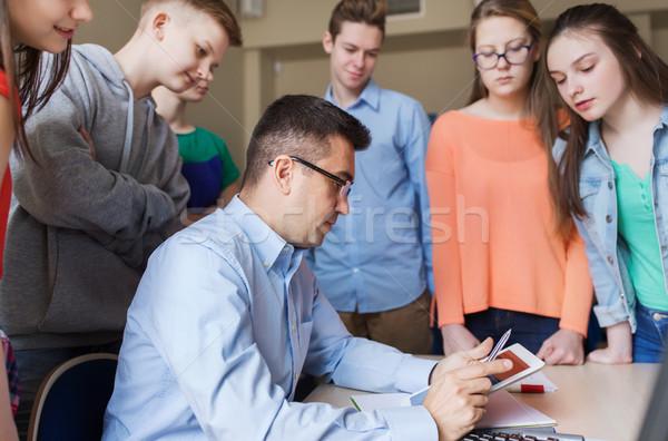 Csoport diákok tanár iskola osztályterem oktatás Stock fotó © dolgachov