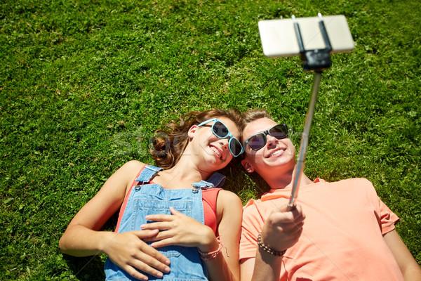 Stockfoto: Gelukkig · paar · smartphone · zomer · liefde