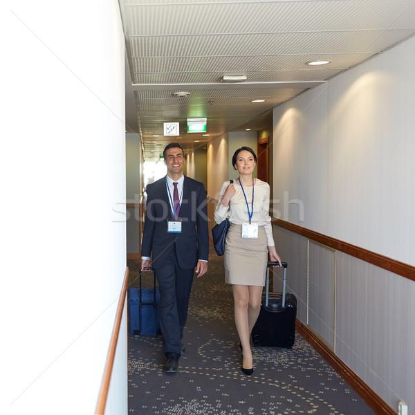 Business-Team Reise Taschen Hotel Korridor Geschäftsreise Stock foto © dolgachov