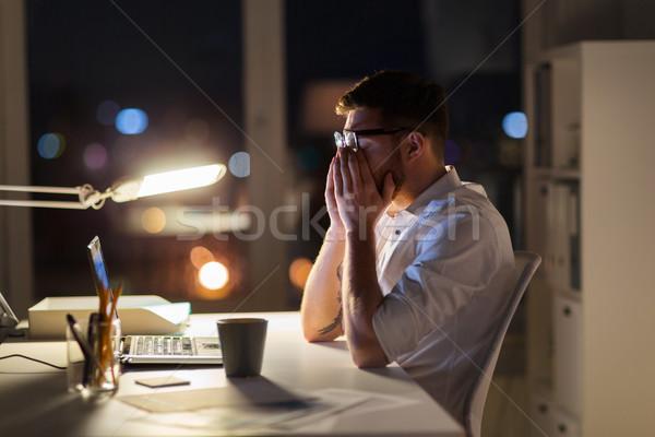 Moe zakenman laptop nacht kantoor business Stockfoto © dolgachov