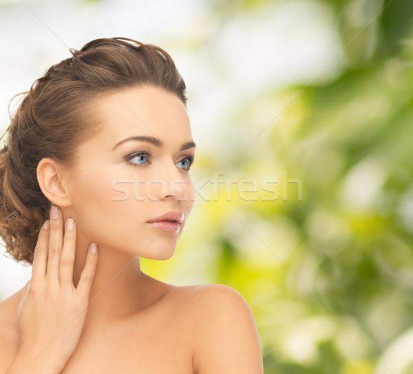 Gyönyörű nő egészség szépség arc kezek nő Stock fotó © dolgachov
