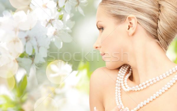 женщину Pearl ожерелье Cherry Blossom красоту роскошь Сток-фото © dolgachov