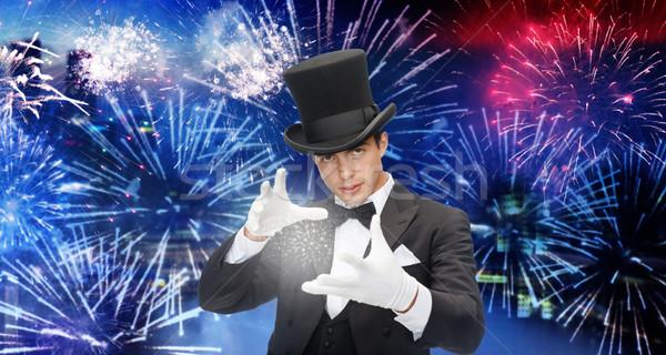 Mágico topo seis truque magia Foto stock © dolgachov