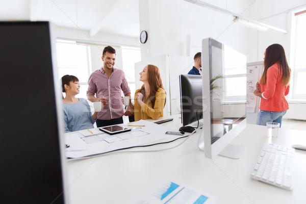 Feliz creativa equipo café oficina negocios Foto stock © dolgachov