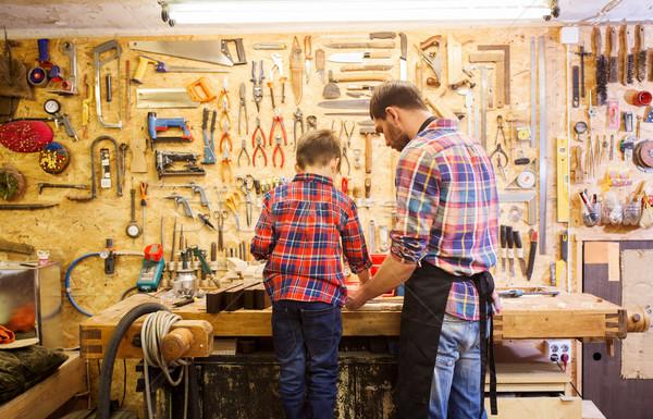 Tată lemn atelier Imagine de stoc © dolgachov