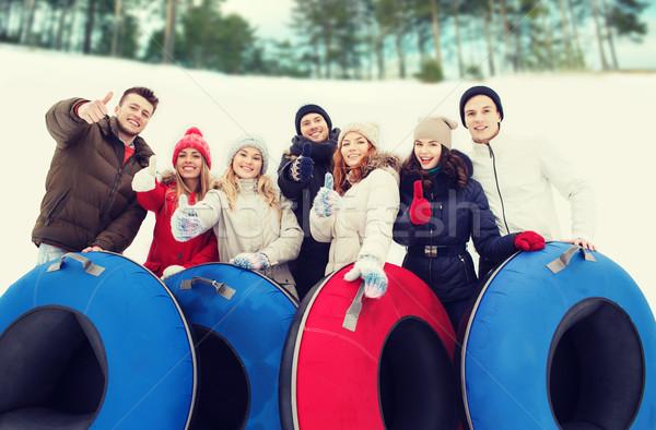 Grupo sonriendo amigos nieve invierno Foto stock © dolgachov