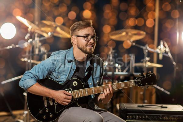 музыканта играет гитаре студию фары музыку Сток-фото © dolgachov