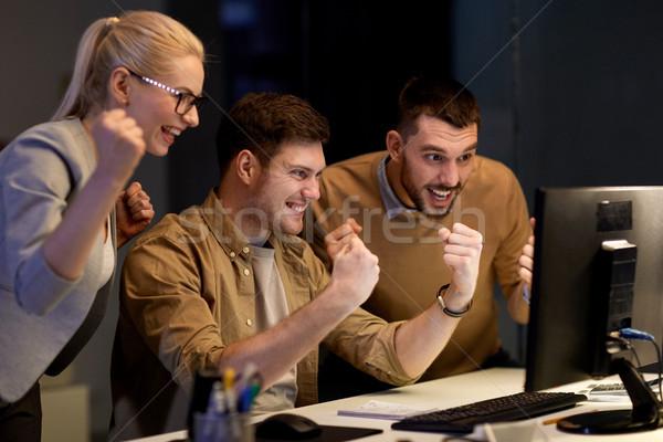 Iş ekibi başarı gece ofis iş Stok fotoğraf © dolgachov