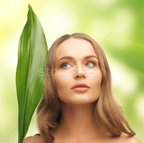 Mulher folha verde quadro branco saúde verde Foto stock © dolgachov
