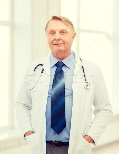 Stockfoto: Glimlachend · arts · hoogleraar · stethoscoop · gezondheidszorg · geneeskunde