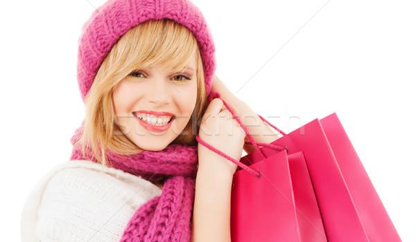 Femme rose chapeau écharpe hiver Photo stock © dolgachov