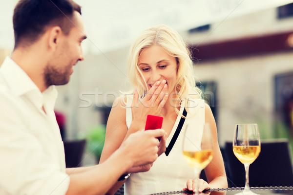 幸せ カップル 婚約指輪 ワイン カフェ 愛 ストックフォト © dolgachov