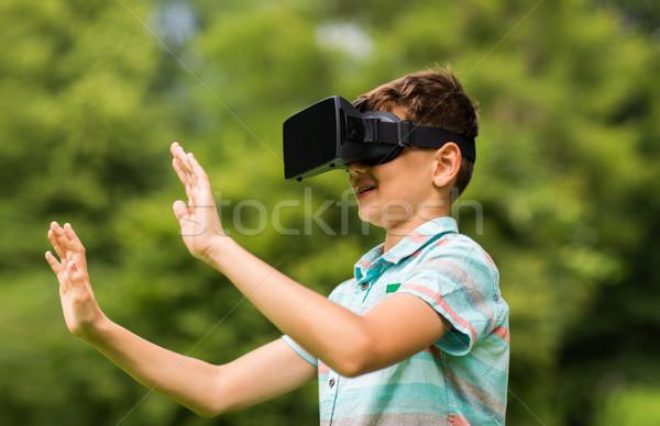 少年 バーチャル 現実 ヘッド 屋外 幼年 ストックフォト © dolgachov