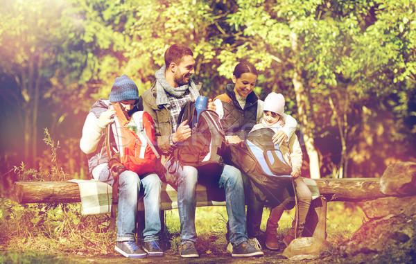 Сток-фото: счастливая · семья · лагерь · путешествия · туризма · поход · женщину