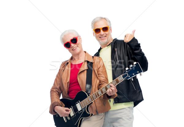 Feliz pareja de ancianos guitarra música Foto stock © dolgachov