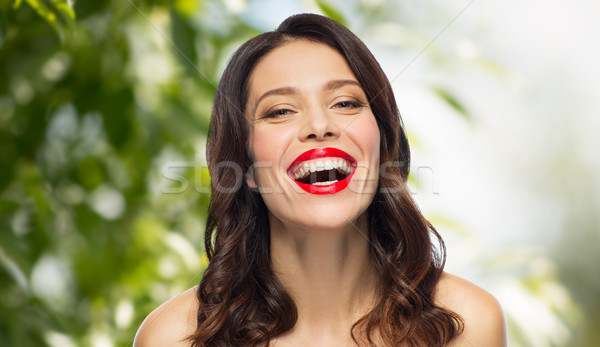Belo risonho mulher jovem batom vermelho beleza orgânico Foto stock © dolgachov
